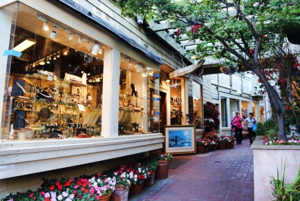 Sausalito is full of quirky shops and quiet lanes.
